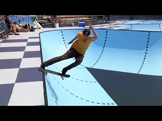 Vans Canada - Vancouver locals introduce you to the historic Hastings Bowl before VDI Canada