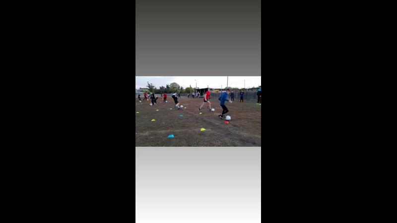 Видео от Детский футбольный клуб Атлантис