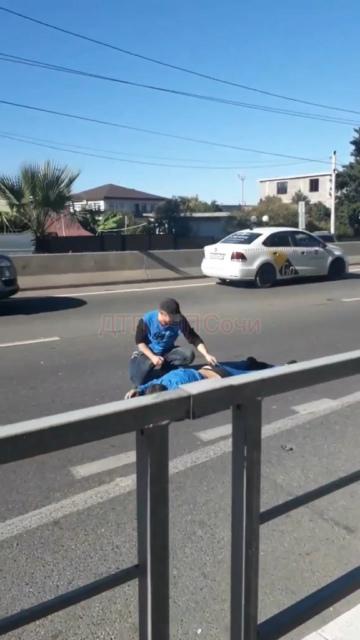 В Адлере на улице Ленина сбили пьяного пешехода.  Со слов очевидцев, трое мужчин находясь в состоянии... [читать продолжение]