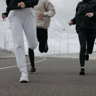 «Если не бегаешь, пока здоров, придется побегать, когда заболеешь». Гораций
