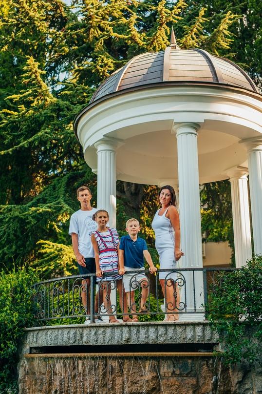 Семейная фотосессия в Партените - Фотограф MaryVish.ru