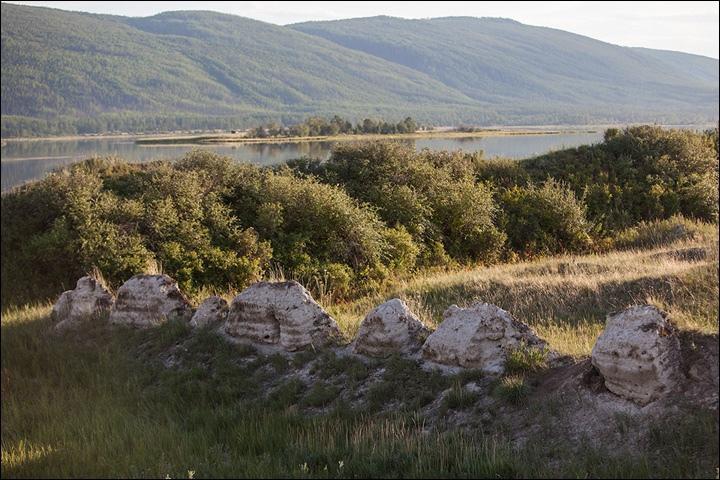 Тайна древней крепости Пор-Бажын, построенной на острове в сибирском озере, изображение №30