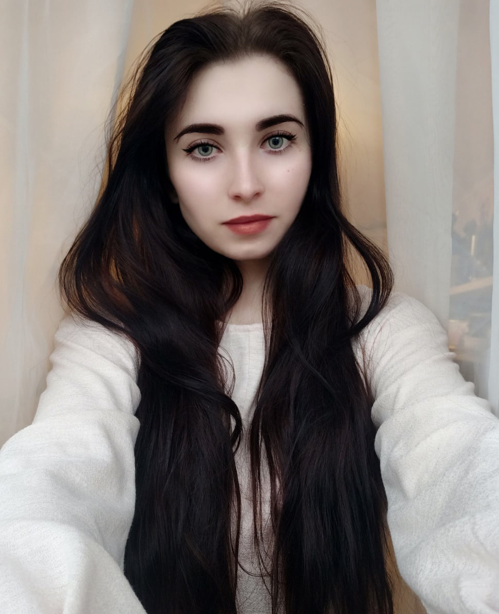Антония, 21, Monchegorsk