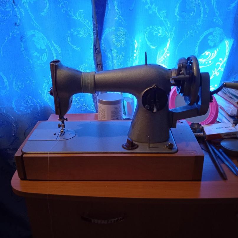 Продаю швейную машину Подольск.    Объявления Орска и Новотроицка №27628