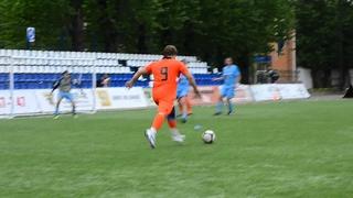Псковские наркоманы и петербургские священники сыграли в футбол