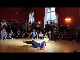 Bboy Turbo (Last Element) vs Даня -  (Хип-хоп в массы) - г. Тверь